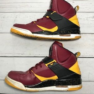 Nike Air Jordan USC Trojans Men's Shoes